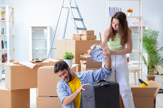 Thinking Of Moving Yourself? Consider These Four Risks